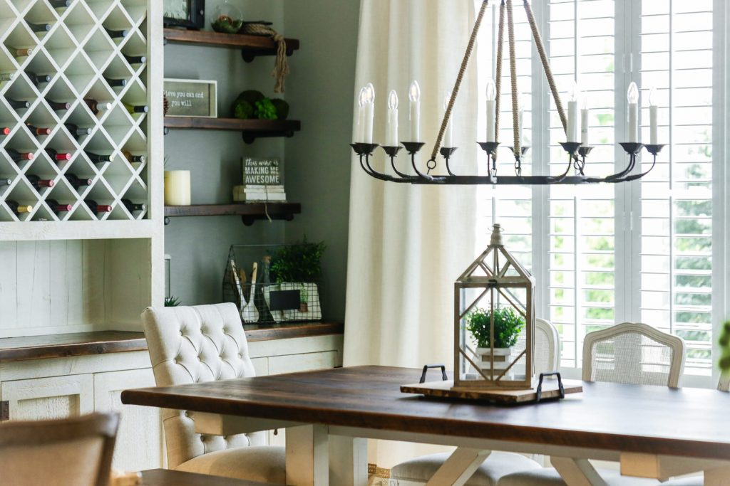 Dining room with chandelier living space - J&K Custom Homes