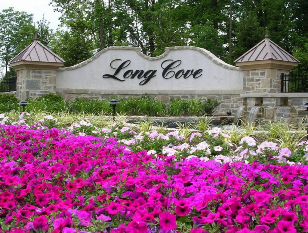 Long Cove - Sign with flowers 1 - J&K Custom Homes